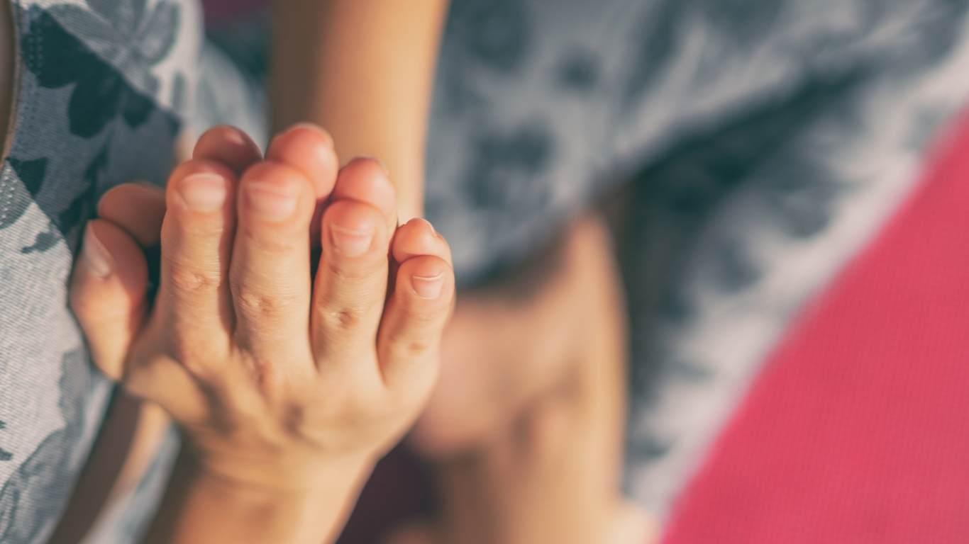 hands in prayer position